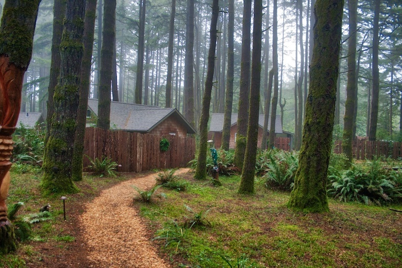 WildSpring Guest Habitat cabins by MikesRoadTrip.com