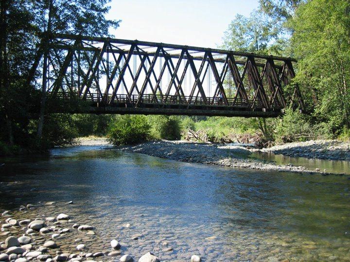 Railroad Bridge park in the Olympic Peninsula Road Trip - Photo by MikesRoadTrip.com