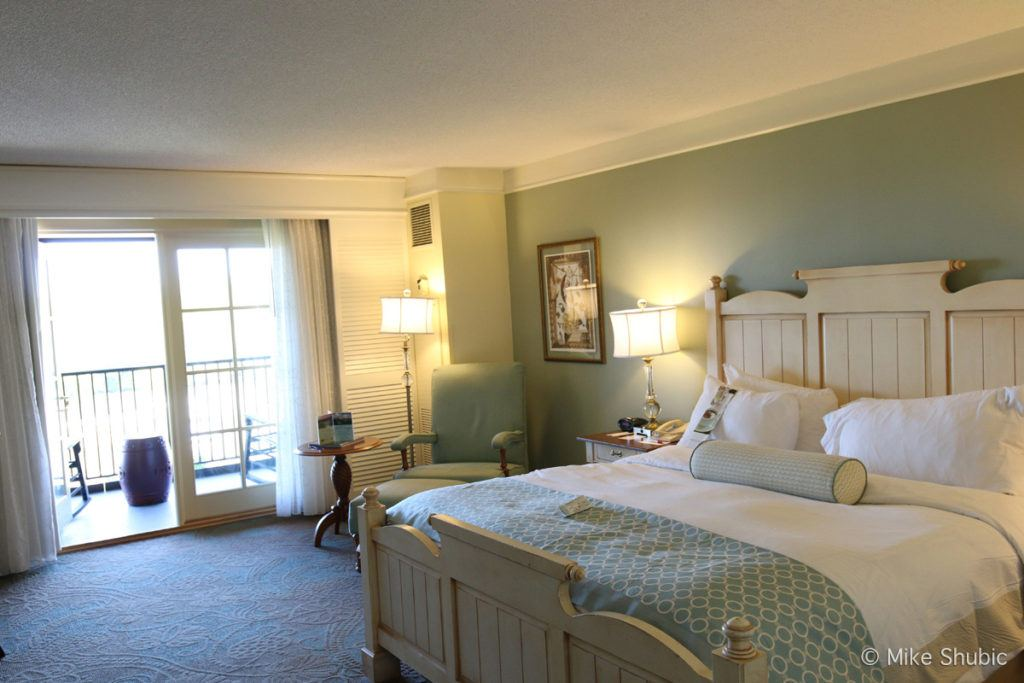 Room at the Marriott Grand Hotel in Fairhope Point Clear Alabama by MikesRoadtrip.com