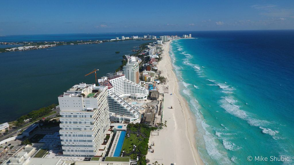 travel in your 20s to Cancun