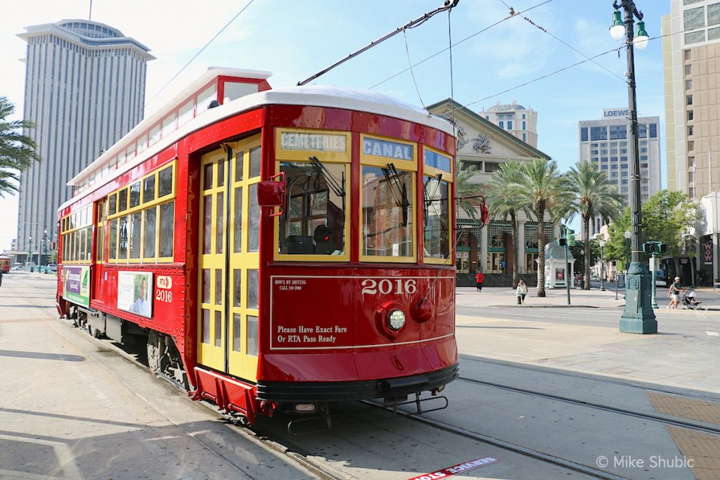 New Orleans Trolly by MikesRoadTrip.com