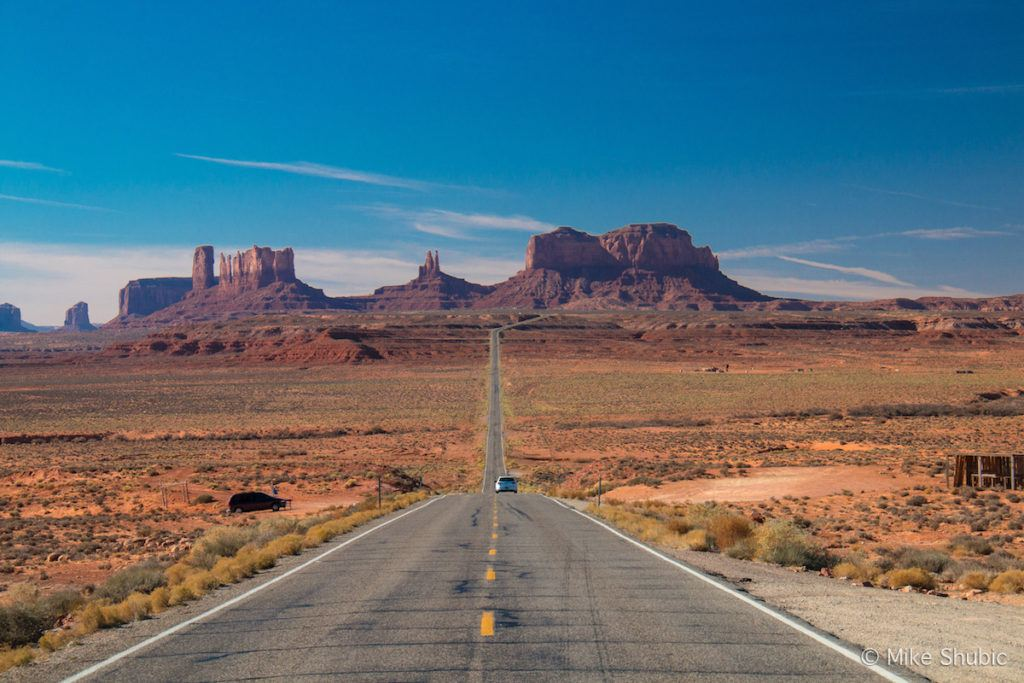 Monument Valley main road by MikesRoadTrip.com