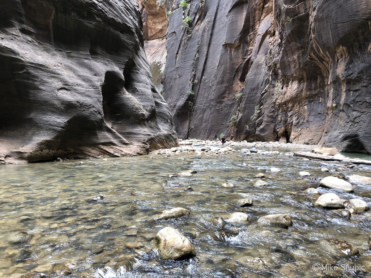 Southwest Road Trip to Zion National park and Narrows Canyon by MikesRoadTrip.com