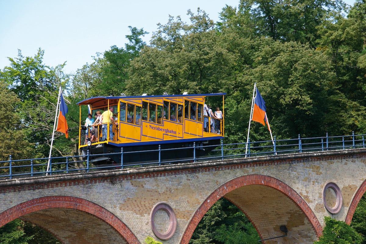 Nerobergbahn – a Water ballast tram in Wiesbaden Germany
