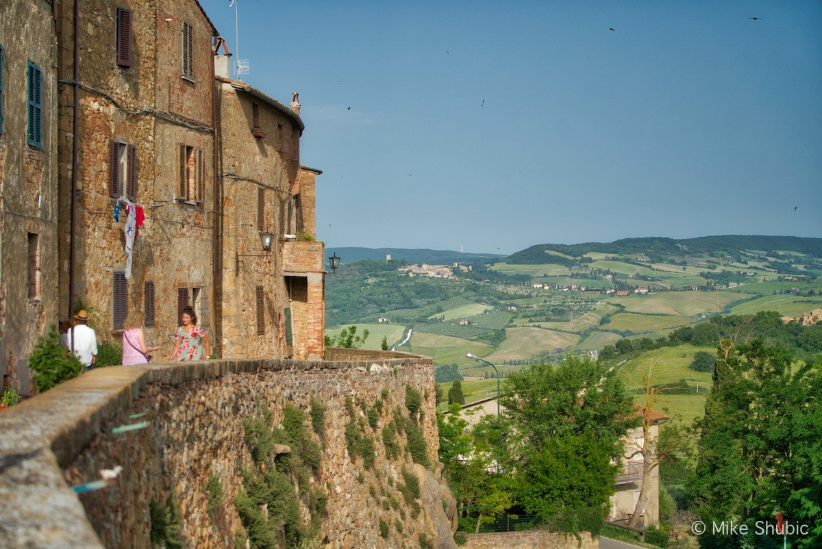 Tuscany road trip to Pienza Tuscany by Mike Shubic of MikesRoadTrip.com
