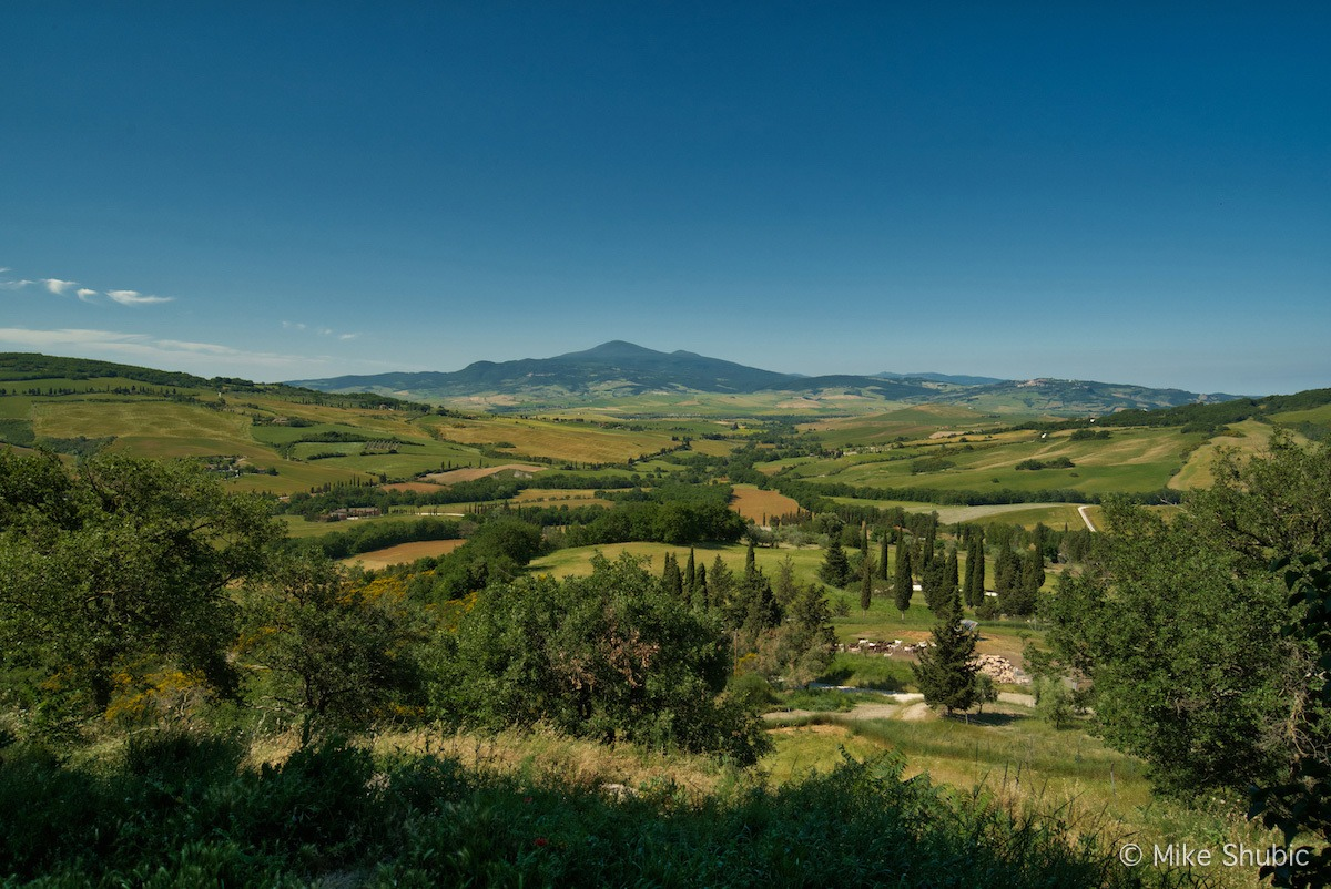 Tuscany Road Trip view - Photo by Mike Shubic of MikesRoadTrip.com