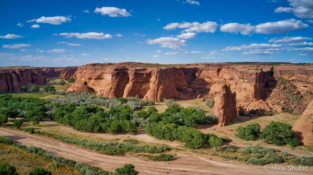 Visiting Canyon De Chelly - Photo by Mike of MikesRoadTrip.com
