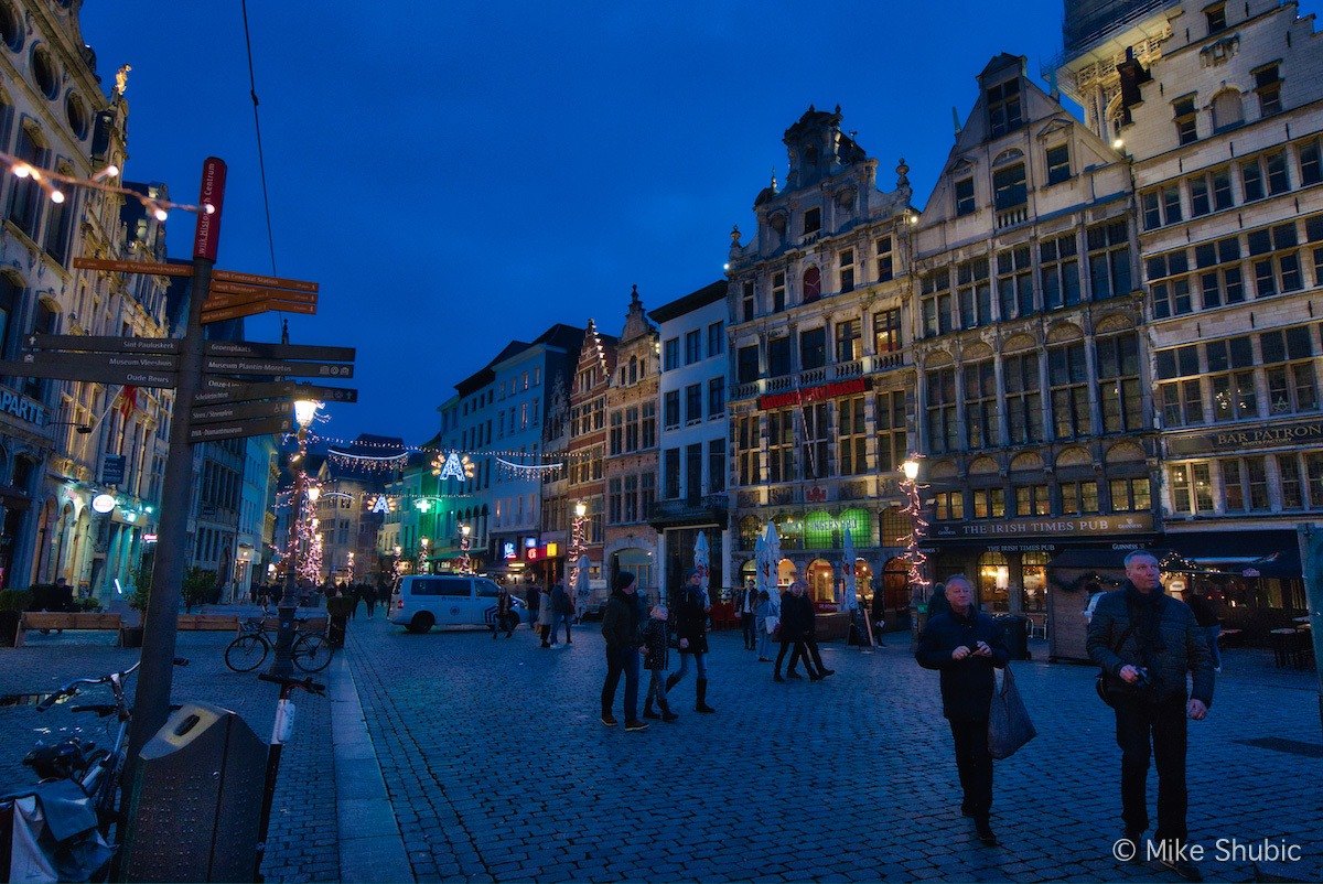 Antwerp at night - Photo by: Mike Shubic of MikesRoadTrip.com