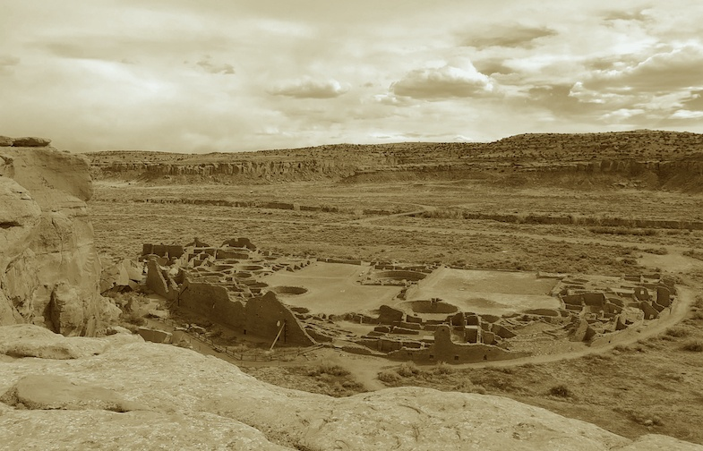 Chaco Canyon view of ruin from ridge - Photo by Mike of MikesRoadTrip.com