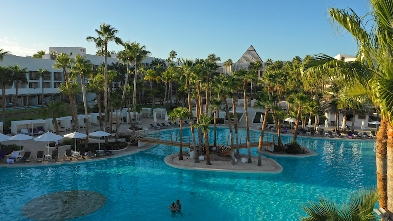Paradisus Los Cabos resort pool - Photo by MikesRoadtrip.com