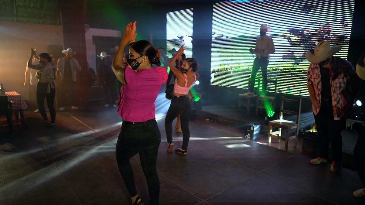 Colombian Joropo dance in Meta - Photo by Mike Shubic of MikesRoadTrip.com