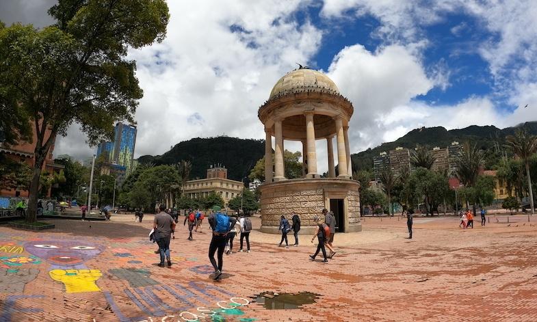 Parque de los Periodistas in Bogota, Colombia - Photo by: Mike of MikesRoadTrip.com
