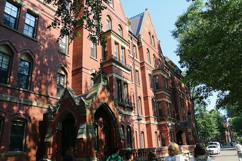 Boston row home airbnb
